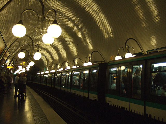 Nightlife Paris Subway | thatwasthenthisiswow.com